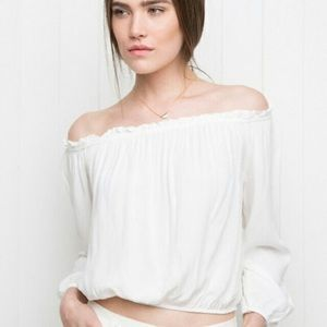 ✨Brandy Melville Maura Off the Shoulder Blouse